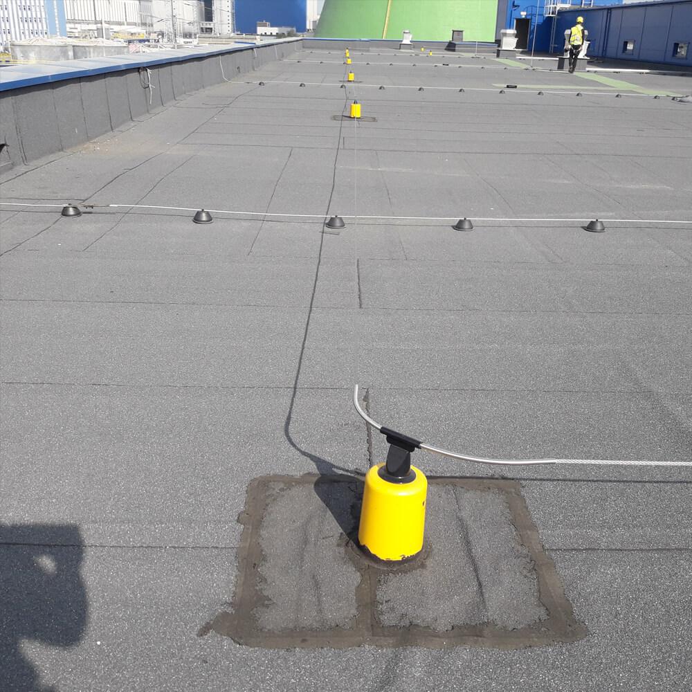 Poziomy system asekuracyjny na dach- Twist Fixe Line- Accen